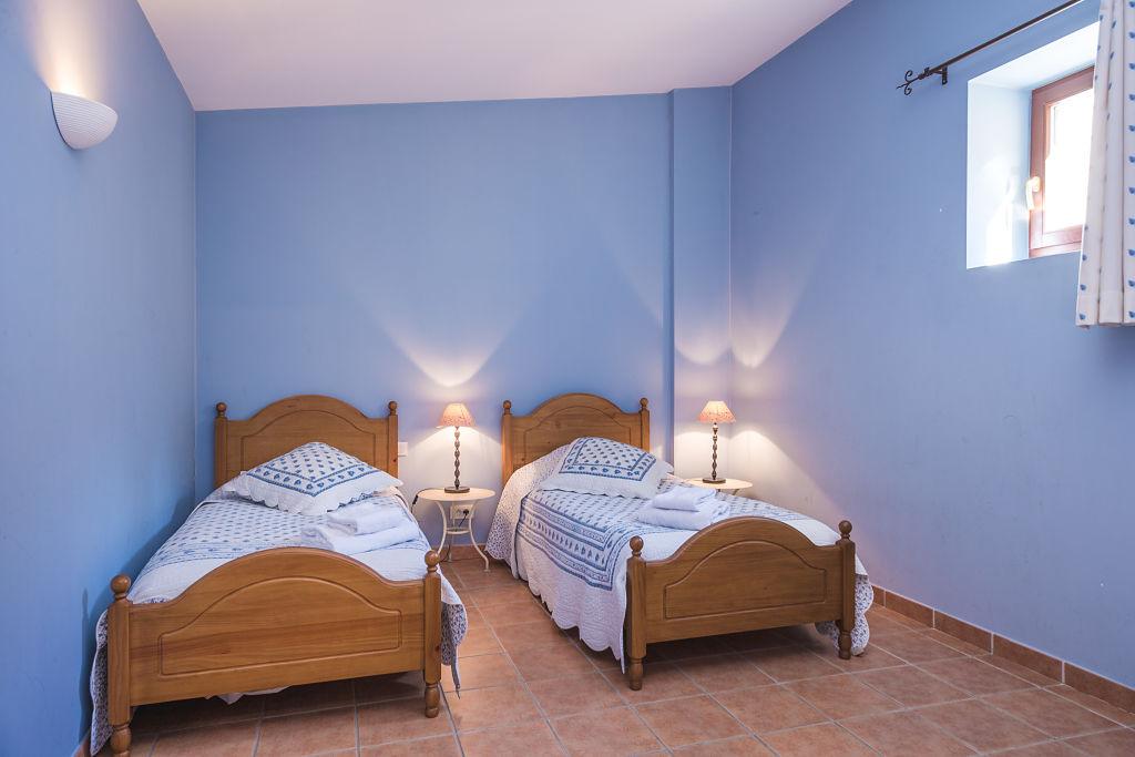 cigalon chambre bleue 2lits