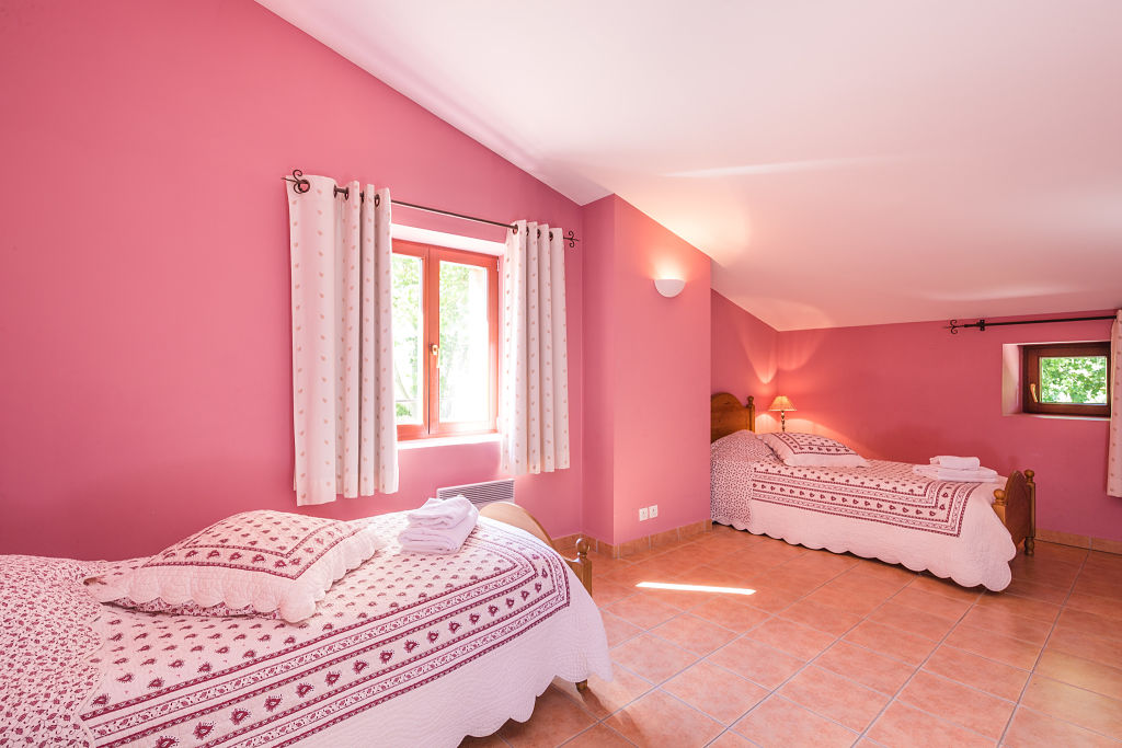 cigalon chambre rose2lits